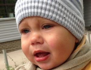 Новорожденный постоянно плачет