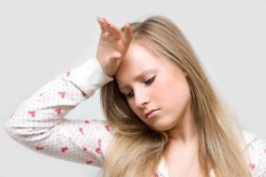 При беременности болит голова, что пить?